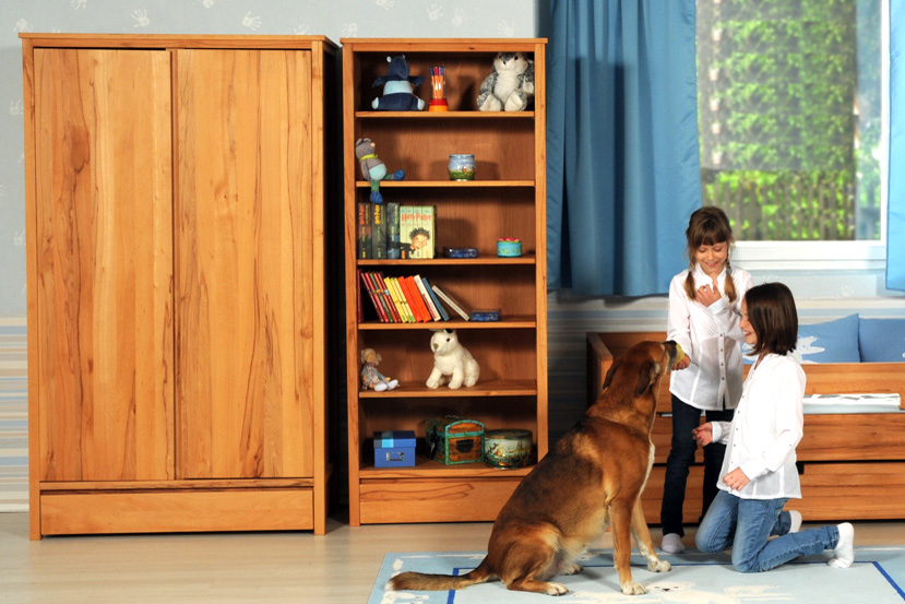 schrank kinto ge ltes buchenholz kinderm bel m nchen salto. Black Bedroom Furniture Sets. Home Design Ideas
