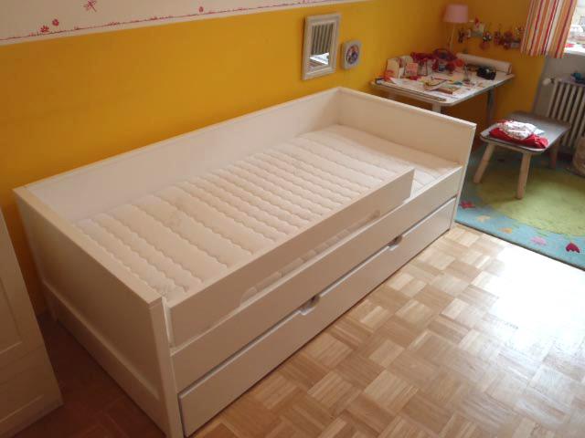 kinderbett nestbett wei kinderm bel m nchen salto. Black Bedroom Furniture Sets. Home Design Ideas