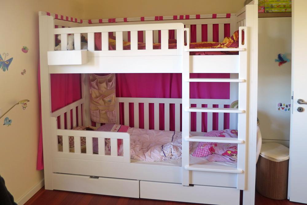 Etagenbett Mit Schutz : Etagenbett listo aus weiss lackiertem buchenholz kindermöbel