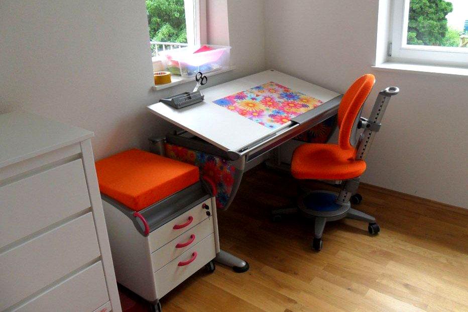 galerie schreibtische kinderm bel m nchen salto. Black Bedroom Furniture Sets. Home Design Ideas